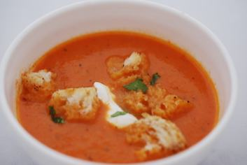 dsc_0001-sweet-red-pepper-and-tomato-soup-with-croutons-9-10-16